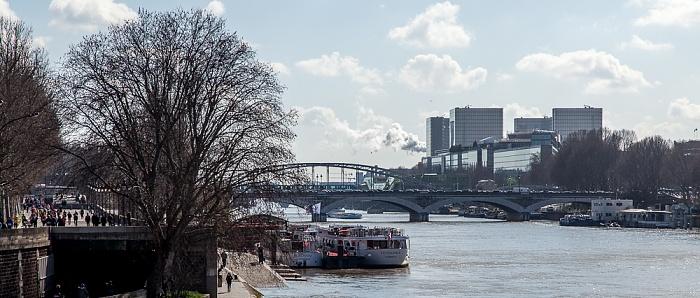 Paris Blick von der Pont de Sully: Seine mit der Pont d'Austerlitz und der Viaduc d'Austerlitz Bibliothèque nationale de France