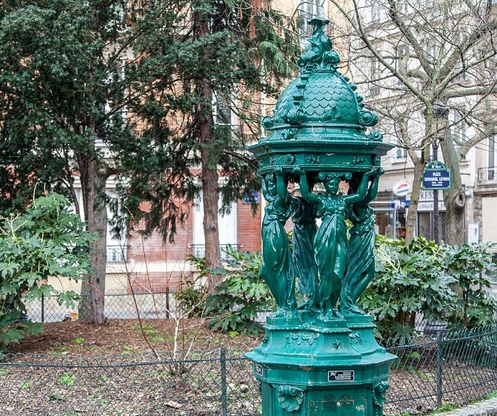 Paris Quartier Latin: Place Emmanuel-Levinas