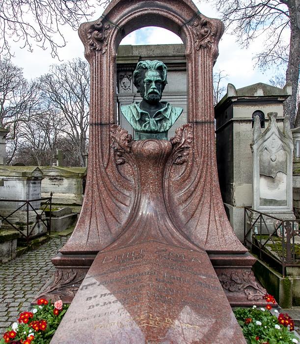 Paris Cimetière de Montmartre: Früheres Grab von Émile Zola