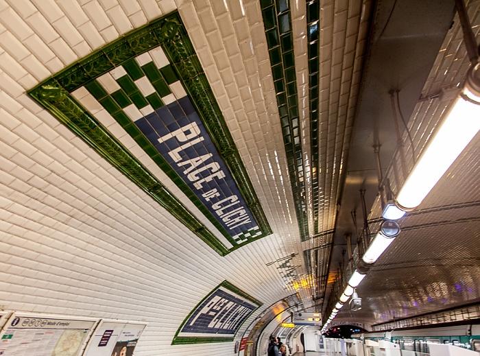 Paris Montmartre: Metrostation Place de Clichy