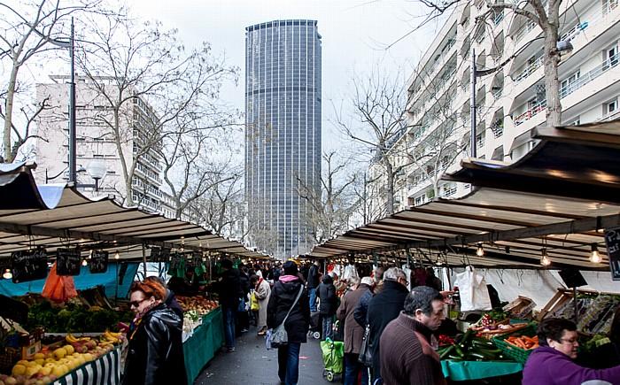 Montparnasse: Markt auf dem Boulevard Edgar Quinet, Tour Montparnasse Paris