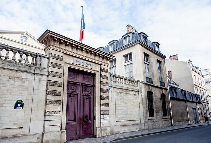 Paris Quartier des Invalides: Rue de Varenne - Hôtel de Castries