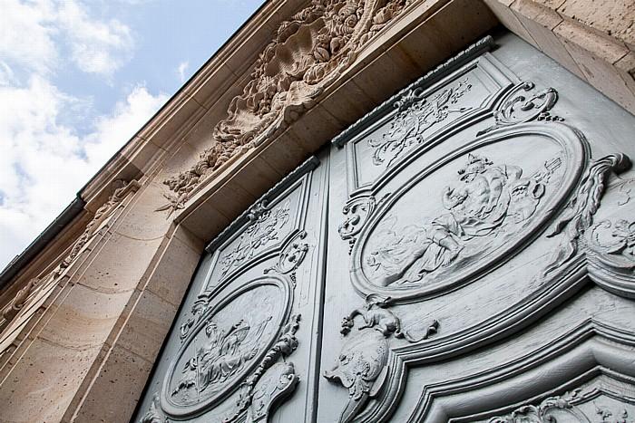 Paris Quartier des Invalides: Rue de Varenne - Hôtel Gouffier de Thoix