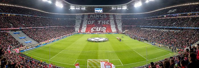 Allianz Arena: Fan-Choreografie vor dem Champions-League-Viertelfinale FC Bayern München - Manchester United München 2014