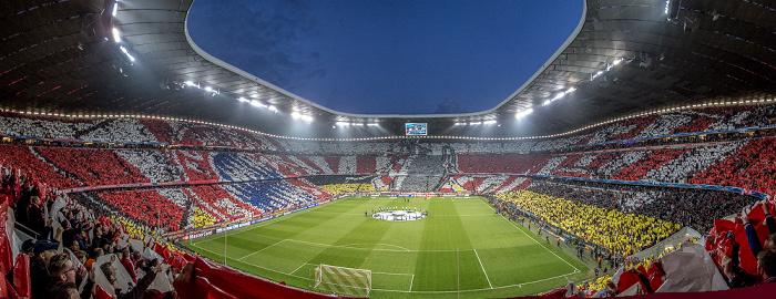 Allianz Arena: Fan-Choreografie vor dem Champions-League-Halbfinale FC Bayern München - Real Madrid München 2014