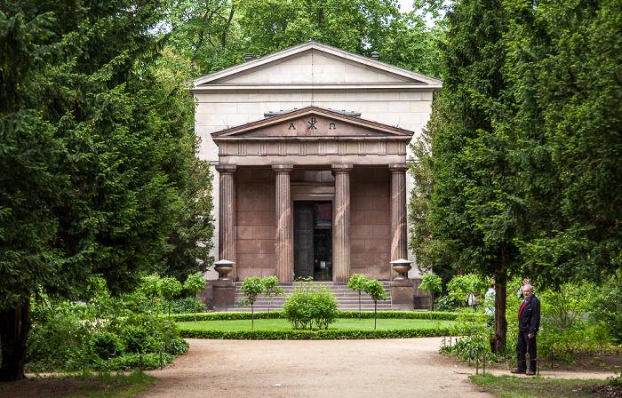 Schlossgarten Charlottenburg: Mausoleum im Schlosspark Charlottenburg Berlin
