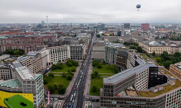 Berlin Blick vom Kollhoff-Tower: Leipziger Platz und Leipziger Straße Abgeordnetenhaus von Berlin Axel-Springer-Hochhaus Berliner Dom Fernsehturm GSW-Hochhaus HiFlyer
