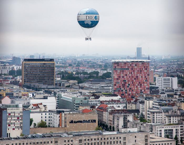 Blick vom Kollhoff-Tower (v.l.): Axel-Springer-Hochhaus, HiFlyer und GSW-Hochhaus Berlin 2014