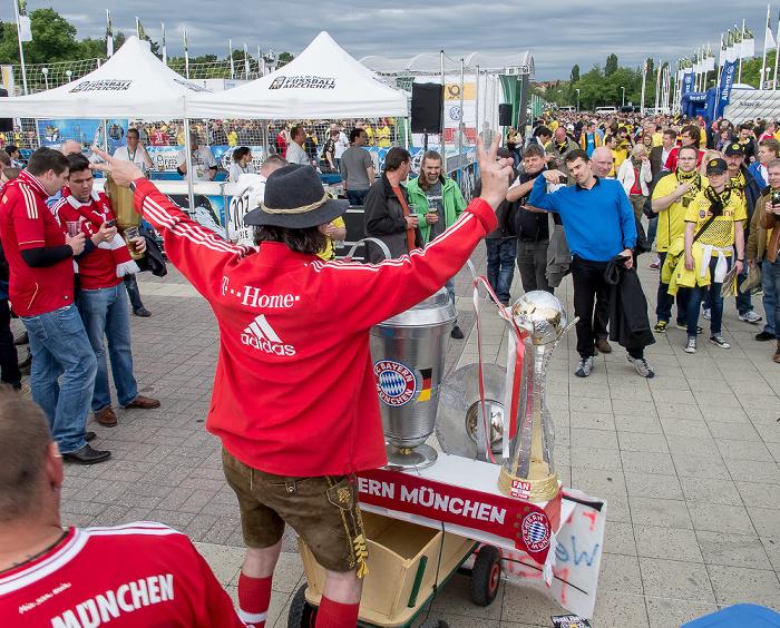 Olympischer Platz: FC Bayern-Fan Berlin