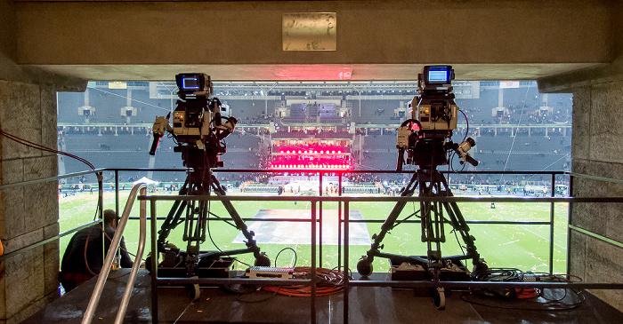 Olympiastadion: Fernsehkameras Berlin