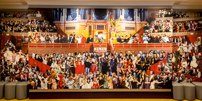London Royal Albert Hall: Wand mit prominenten Künstlern und Gästen