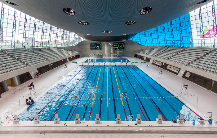 Queen Elizabeth Olympic Park: London Aquatics Centre
