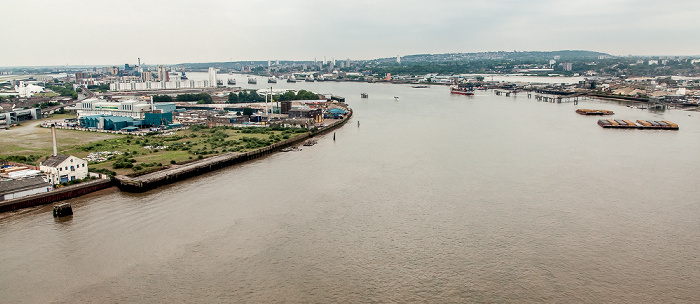 Blick aus der Emirates Air Line (Thames cable car): Themse London