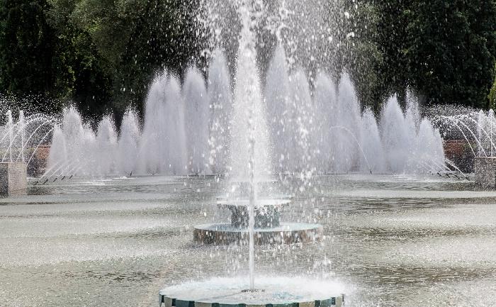 Battersea Park: Battersea Park Fountains London