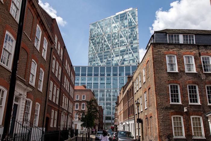 London Spitalfields: Folgate Street Broadgate Tower