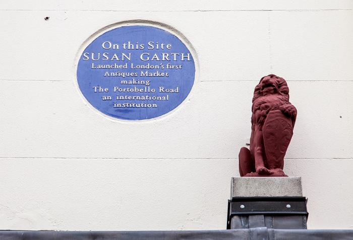 Notting Hill: Portobello Road - Gedenkinschrift für Susan Garth, der Gründerin des Portobello Market London
