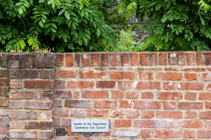 Canterbury Parkplatz der Guildhall - reserviert für den Oppositionsführer
