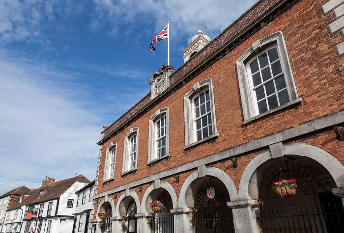 Rye Market Street: Town Hall
