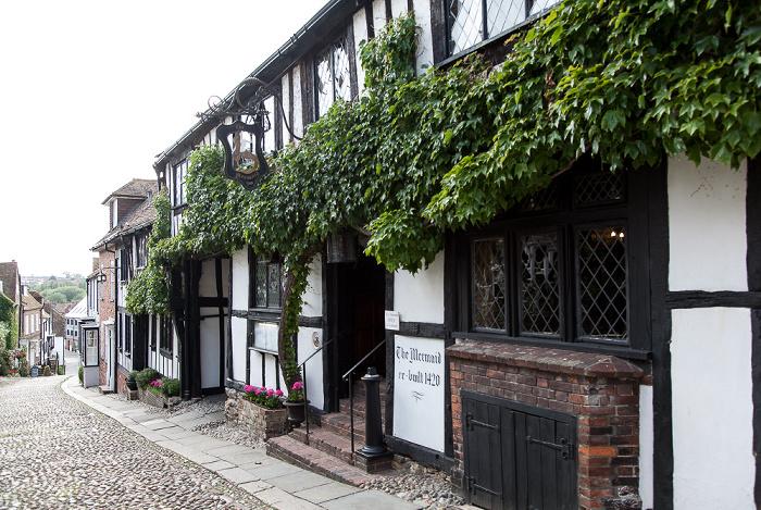 Rye Mermaid Street: The Mermaid Inn