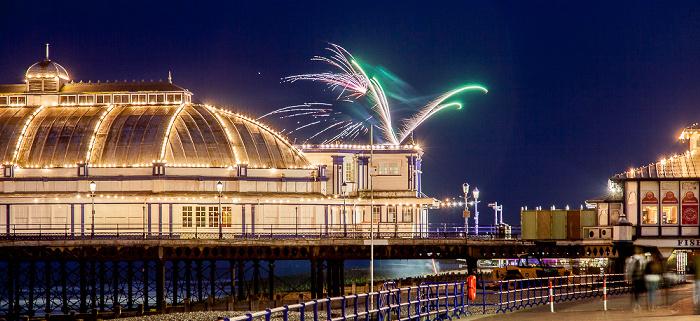 Eastbourne Pier: Feuerwerk