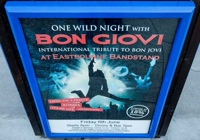 Eastbourne Seafront: Ankündigung für ein Bon Jovi-Tribute-Konzert