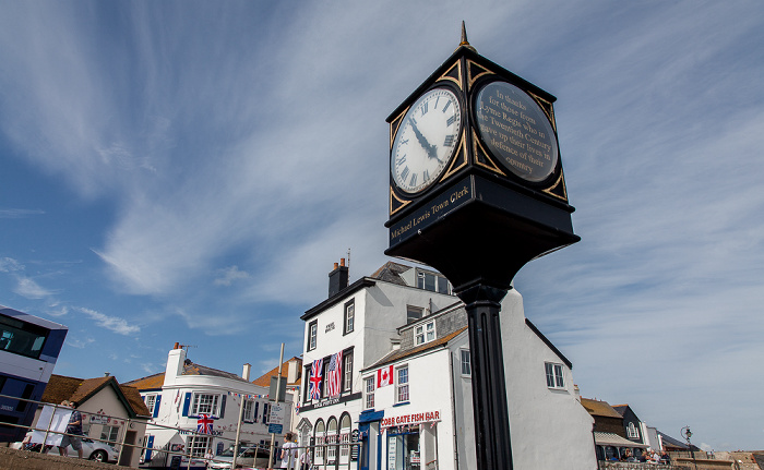 Lyme Regis Marine Parade: Michael Lewis Town Clock