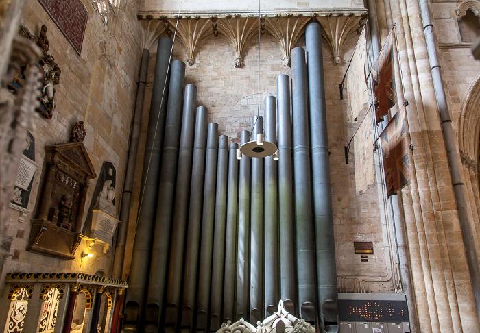 Exeter Cathedral: Pedalpfeifenwerk