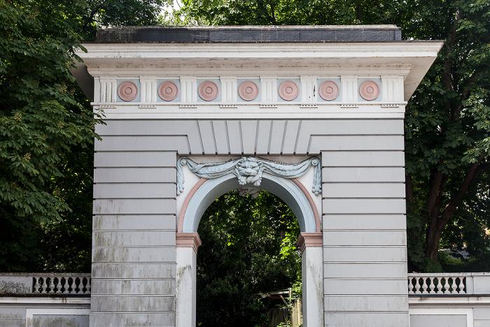 Paignton Eingang zu Oldway Mansion Gardens