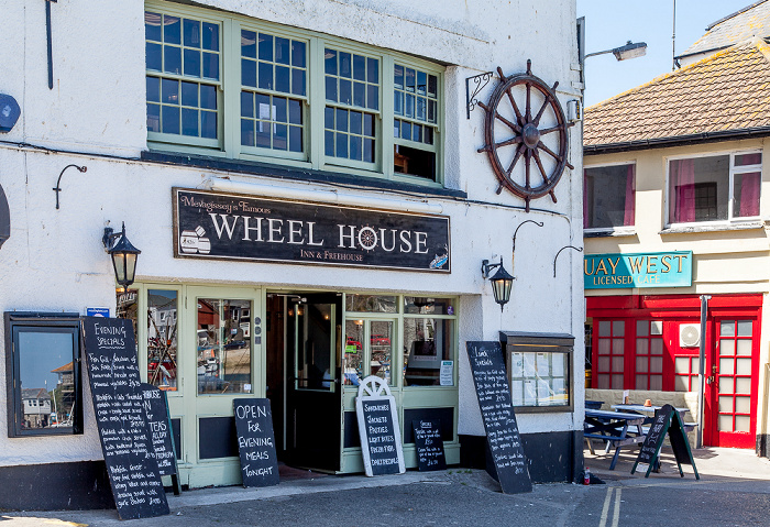 Mevagissey The Quay: The Wheel House