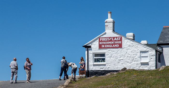 Land's End First and last refreshment house in England