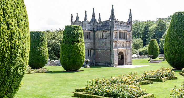 Bodmin Lanhydrock Garden, Lanhydrock Gatehouse