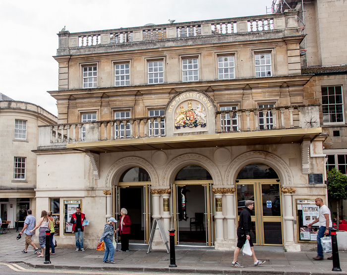 Bath Saw Close: Theatre Royal