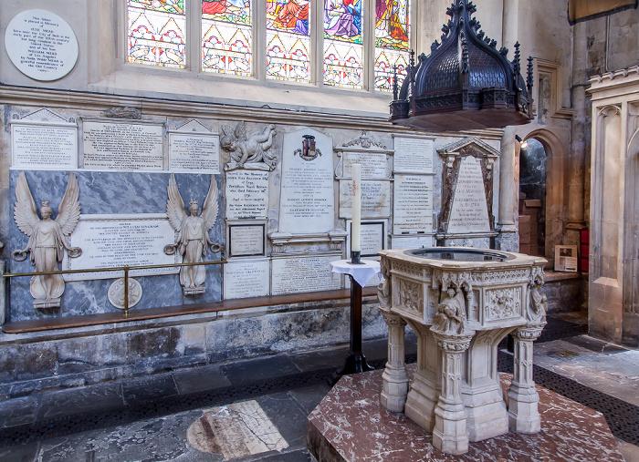 Bath Abbey: Viktorianisches Taufbecken