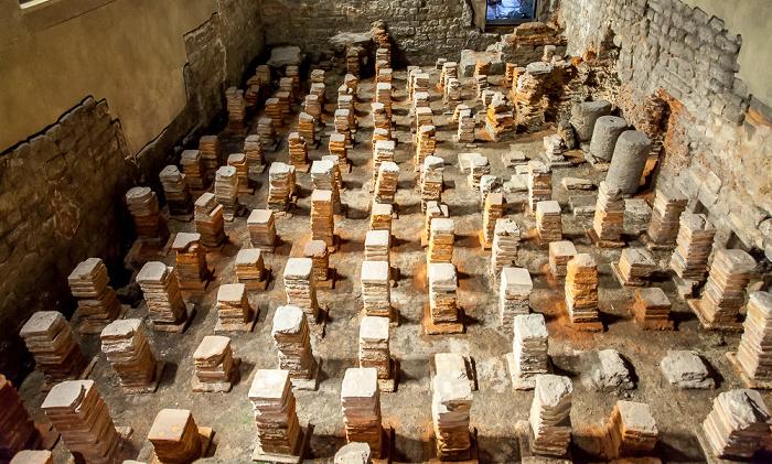 Roman Baths: Caldarium