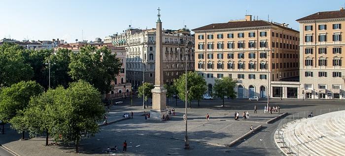 Rom Blick aus dem Hotel Gallia: Piazza dell'Esquilino mit dem Obelisco Esquilino