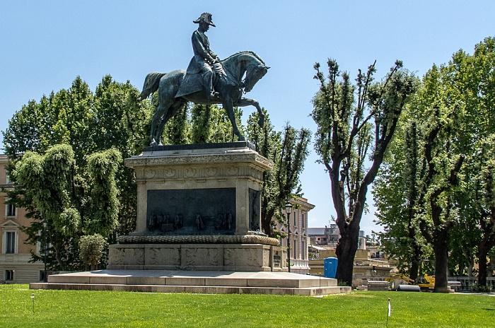 Monti: Giardini del Quirinale - Carlo-Alberto-Reiterdenkmal Rom