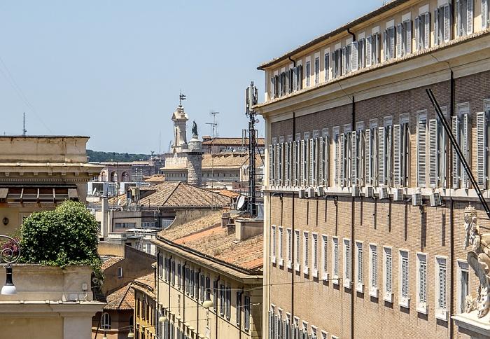 Rom Trevi: Via della Dataria Colonna di Marco Aurelio Palazzo del Quirinale Palazzo Montecitorio