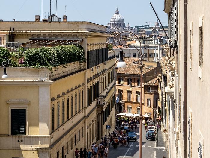 Trevi: Via della Dataria Rom