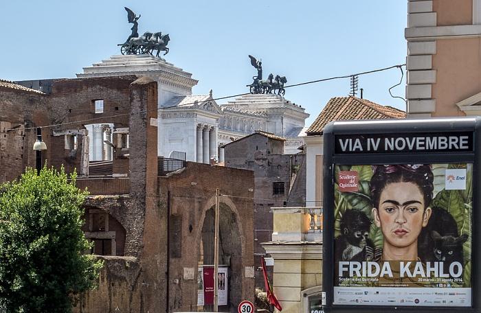 Monti: Largo Magnanapoli / Via IV Novembre Rom