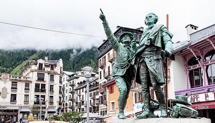 Chamonix Place Balmat: Denkmal für Jacques Balmat und Horace-Bénédict de Saussure Jacques Balmat/Horace-Bénédict de Saussure-Denkmal