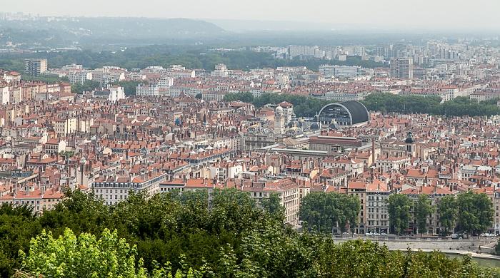 Blick von Fourvière (v.u.): Presqu'île (Halbinsel) mit Hôtel de Ville und Opéra de Lyon Lyon