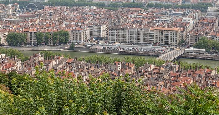 Blick von Fourvière (v.u.): Vieux Lyon, Saône mit Pont Maréchal-Juin, Presqu'île (Halbinsel) Opéra de Lyon