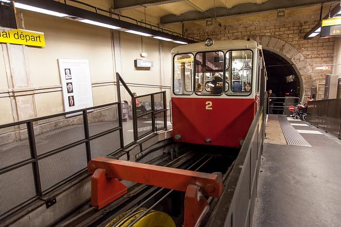 Station Fourvière: Funiculaire de Fourvière Lyon