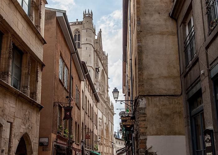 Vieux Lyon: Rue Saint-Jean, Cathédrale Saint-Jean-Baptiste