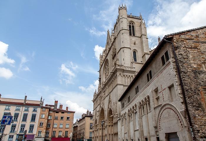 Vieux Lyon: Place Saint-Jean, Cathédrale Saint-Jean-Baptiste