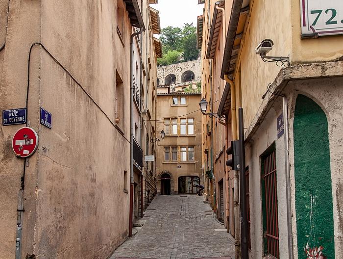 Vieux Lyon: Rue du Doyenné / Rue du Viel Renversé