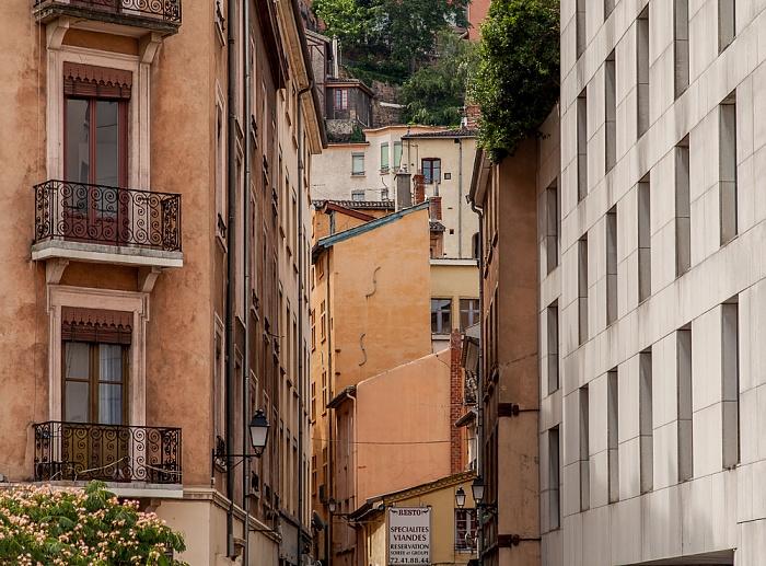 Vieux Lyon: Rue du Viel Renversé Lyon
