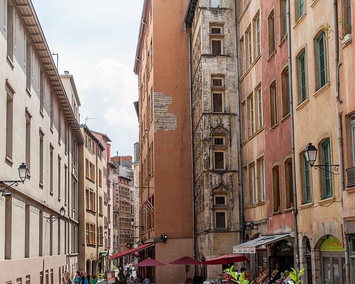 Vieux Lyon: Rue Lainerie Maison Claude Debourg