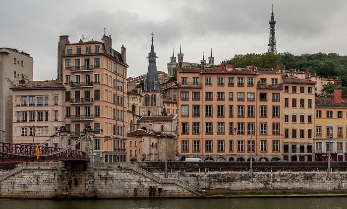 Blick vom Quai St Vincent (Presqu'île (Halbinsel)) auf Saône und Vieux Lyon Basilique Notre-Dame de Fourvière Église Saint-Paul Fourvière Passerelle Saint-Vincent Tour métallique de Fourvière