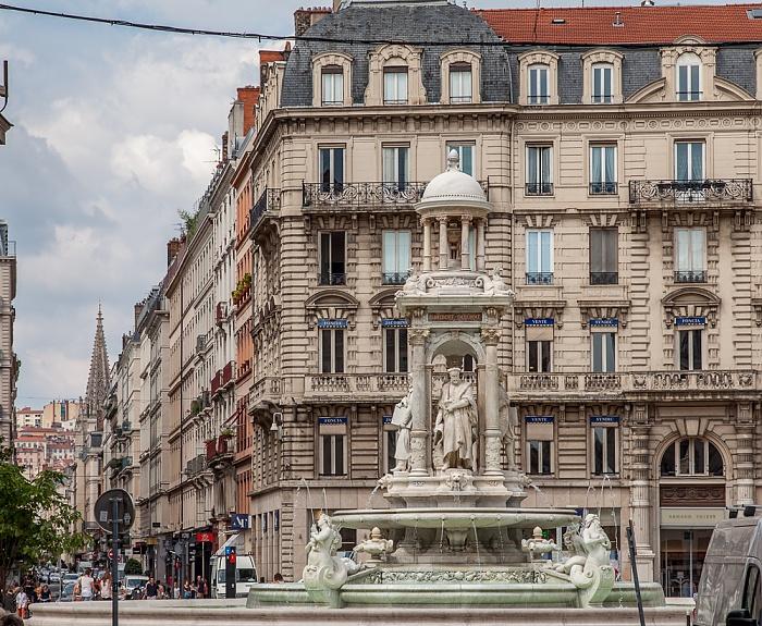 Lyon Presqu'île (Halbinsel): Place des Jacobins mit dem Fontaine des Jacobins Église Saint-Nizier